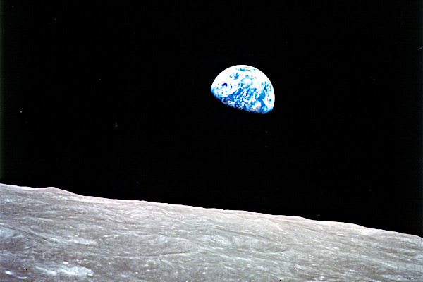 NASA, Apollo 8, 24.12.1968: Earthrise